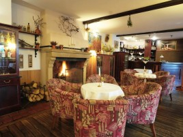 Restaurant with Fireplace