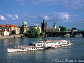 Parníkem po Vltavě