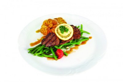 Beef Mignon Fillets with Herb Butter, Baked Garlic and French Beans